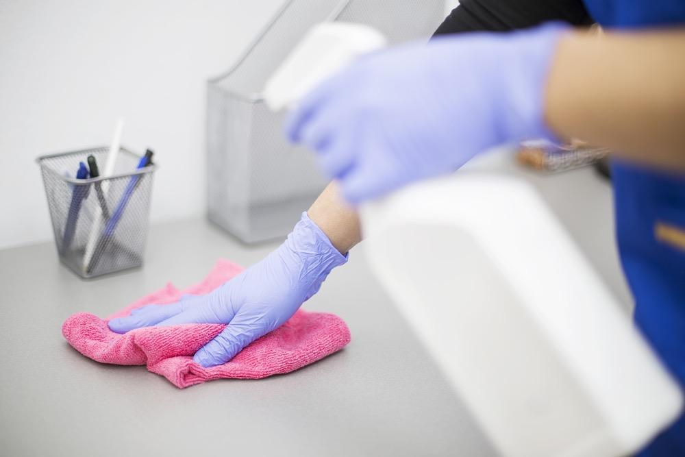 Airalia limpiar superficies
