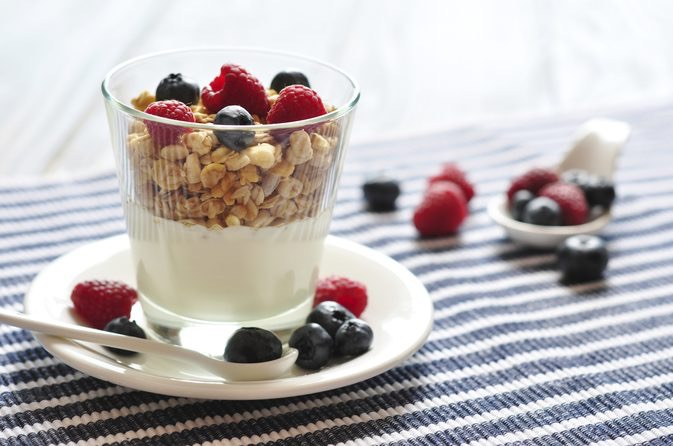 airalia yogurtera fruta