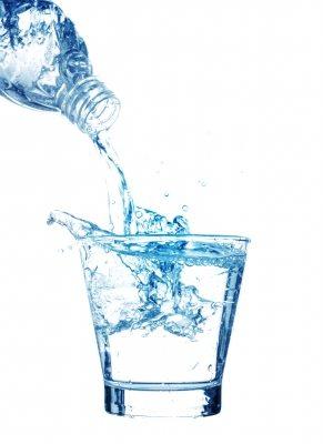 beber agua es bueno para la piel